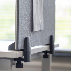 Écran de séparation combiné tableau blanc / tableau d'affichage - Inclus pinces pour bureau individuel - 58 x 75 cm